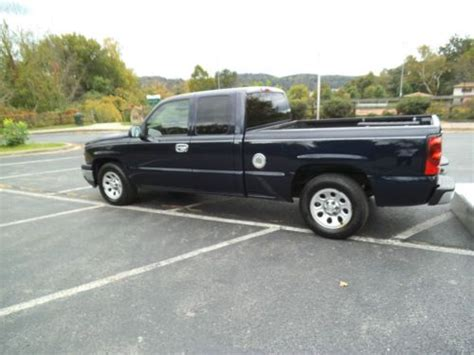 sell used 2006 chevy silverado 1500 work truck in