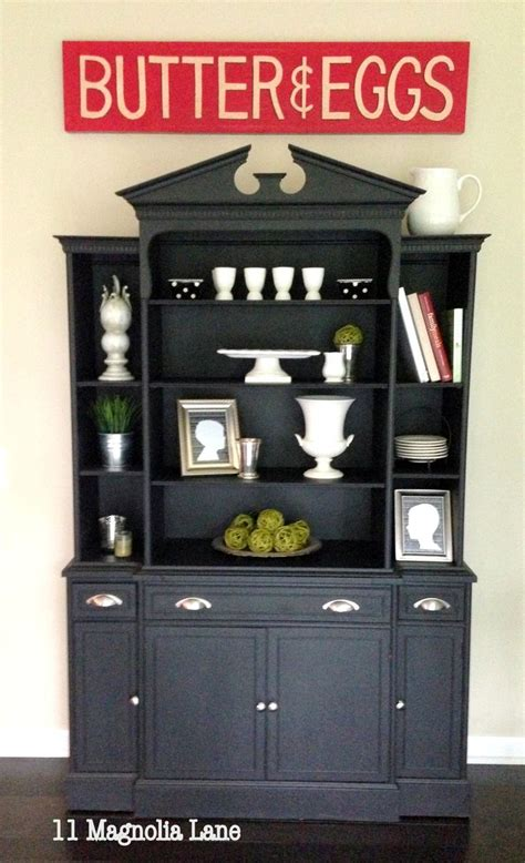 how to use milk paint on cabinets amazing flea market finds milk paint kitchen cabinets