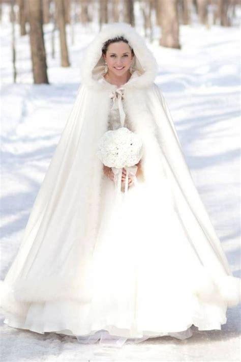 Hochzeit Winter by Jak 233 Svatebn 237 šaty Svatebn 237 Kytici A Barvy Volit Pro