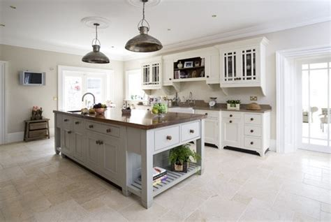 kitchen traditional style free standing kitchen islands pin by sandy alston on free standing kitchen islands