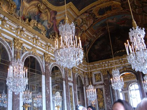 Murano Glass Chandeliers File Hall Of Mirrors Palace Of Versailles Chandeliers Jpg