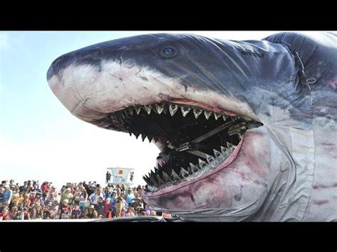 world's biggest shark ever megalodon youtube