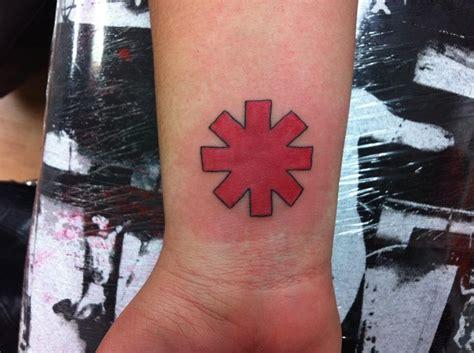 rhcp tattoo logo unfinished rhcp tattoo by sunnyshiba on deviantart