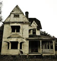 doll house florida 14 creepy houses in florida that could be haunted