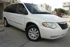2007 Chrysler Town And Country Specs 2007 Chrysler Town Country Pictures Cargurus