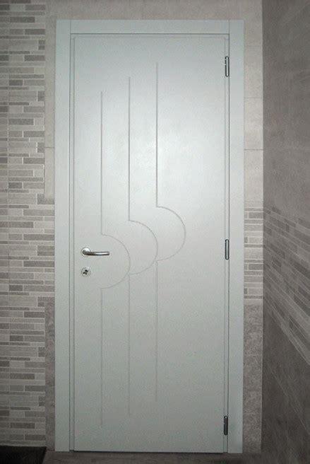 porte interne grigie realizziamo porte interne in legno listellare o porte