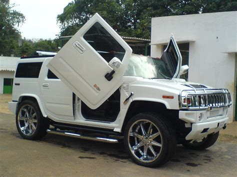 hummer car pictures new hummer h2 luxury photos news reviews specs car listings