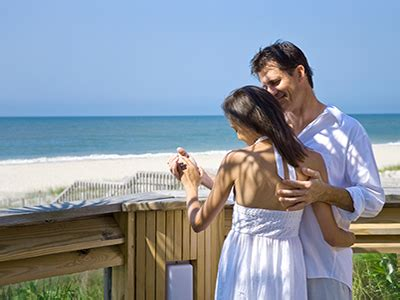 Couples Retreat Vacation Packages Couples Getaway Package Oak Island Nc Carolina