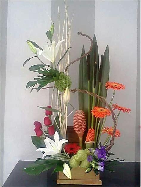 flores exoticas on pinterest 21 pins arreglo floral con flores tropicales arreglos florales