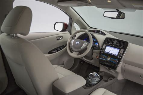 nissan leaf 2016 interior 2016 nissan leaf 107 epa range specs pricing