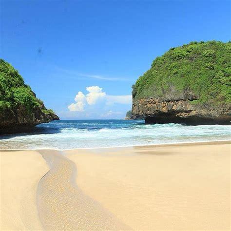 info lengkap pantai greweng pantai cantik alternatif