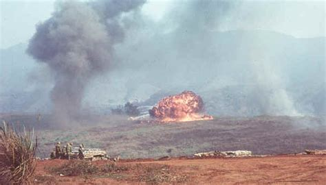 khe sanh siege in the clouds books war stories khe sahn by bruce m geiger