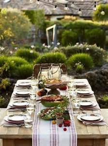 outdoor table setting 37 awesome midsummer table settings digsdigs
