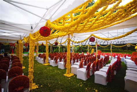 Outdoor Flower Decorations by Plan Outdoor Wedding Decoration For A Blooming Start Of Wedding Decorations Flower