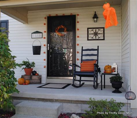 Outdoor Ls For Porches by Turn Fall Decorating Ideas Into Decor On Your