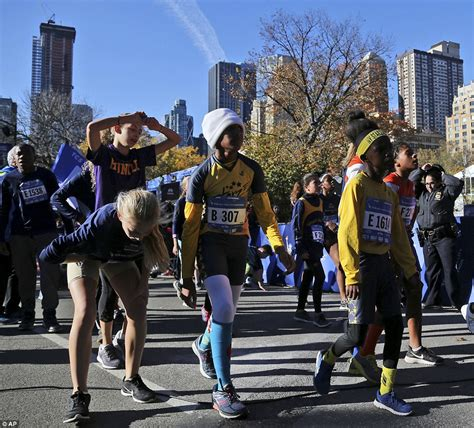 new year the big race new york city marathon 2016 more than 50 000 take part in