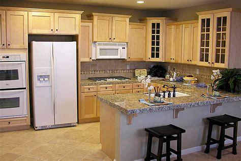 kitchen cabinets bath cabinets eurostyle kitchen custom