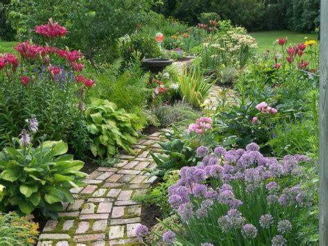 14 Best Photos Of Cottage Garden Shrubs Cottage Garden Cottage Garden Plans Zone 8
