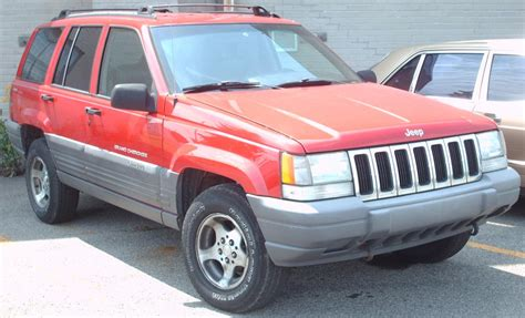 98 Jeep Laredo File 96 98 Jeep Grand Laredo Jpg Wikimedia
