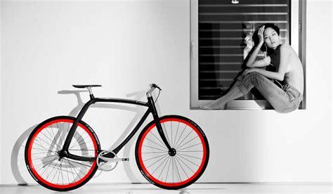 estante para libros traduccion oona bicycle shelf estante para la bici