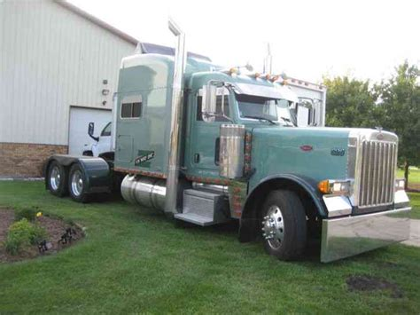 Peterbilt Custom Sleeper by Peterbilt 379 Ext 70 Sleeper 2006 Sleeper Semi