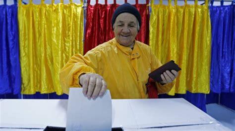 consolato romeno bologna elezioni in romania vince iohannis ponta ammette la