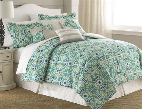 total fab alive breezy cool mint colored bedding and