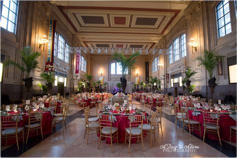 Mollie and Kelly {Union Station Wedding Kansas City  </div><div class=