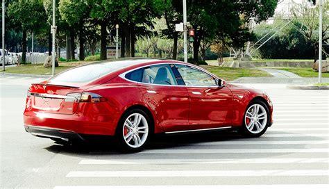 Tesla Model S Safety Elon Musk Boasts About Tesla Model S Crash Safety