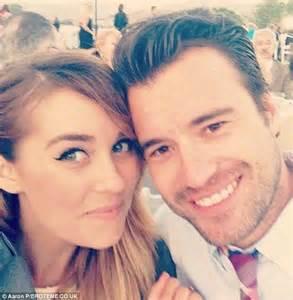 whitney port announces engagement to boyfriend tim rosenman daily mail online