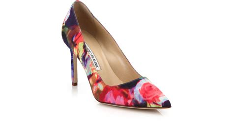 manolo blahnik bb floral print point toe pumps in purple