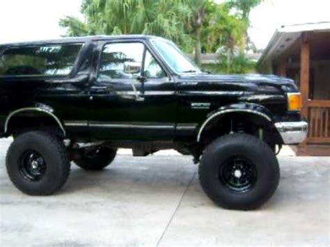 1991 ford xlt bronco walk around and bass test youtube