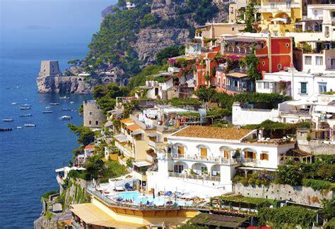 Best Home Design Bloggers hiking tour in italy amalfi coast positano ravello capri
