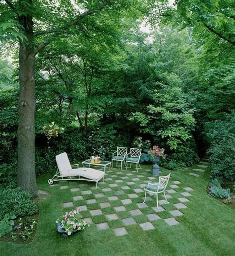garden between houses 11 amazing lawn landscaping design ideas decor 1001 gardens