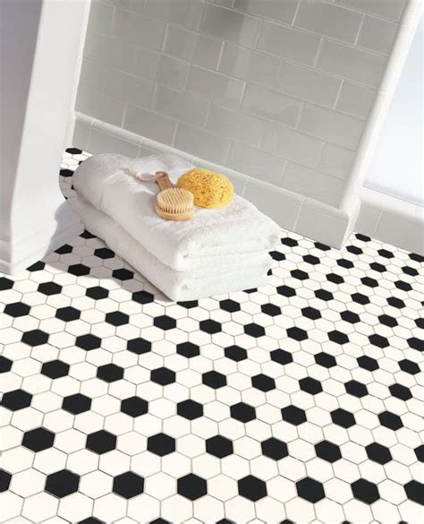 Hexagon Tile Bathroom Floor by 34 White Hexagon Bathroom Floor Tile Ideas And Pictures