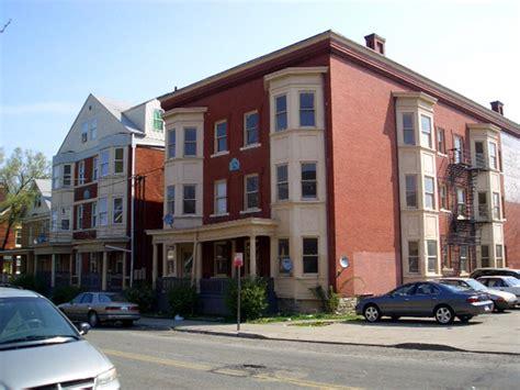 Cincinnati Apartments Road 3333 Montgomery Rd Cincinnati Oh Apartment Finder