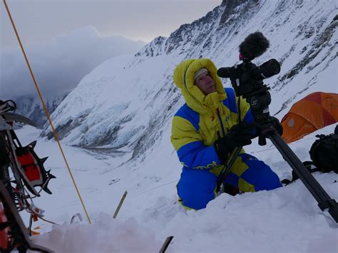 film everest wien a canon eos c300 mark ii on the summit of mount everest