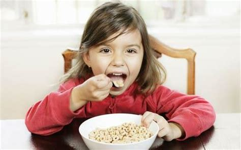 get kids to eat breakfast parenting4tomorrow breakfast and performance