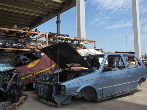 costo demolizione auto sfasciacarrozze parma traversetolo demolizione auto