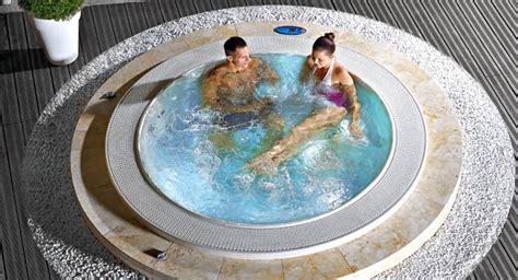 vasca idromassaggio costi 30 fantastiche vasche idromassaggio da esterno