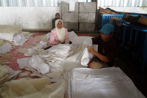 Pengembangan Diri Pabrik Pak Haulg rumput laut indonesia berkunjung ke pabrik pak hamzah pt