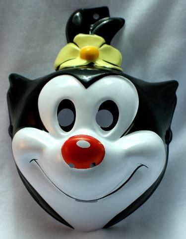tiny toons animaniacs dot adult halloween mask looney