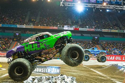 monster trucks shows 2014 advance auto parts monster jam 174 2014 january 18 2014 kpbs