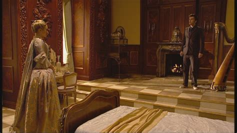 Dr Who Fireplace by 2x04 The In The Fireplace Doctor Who Image