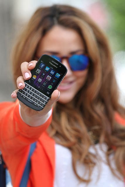Blackberry Giveaway - blackberry q10 giveaway glam glitter