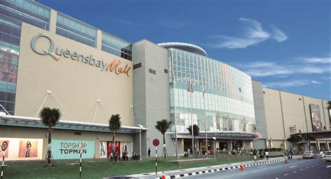 400 Sqft by Queensbay Mall