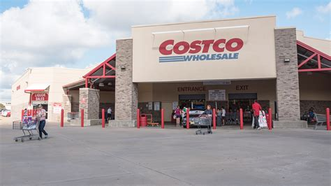 costco warehouse shopping 10 best costco food and grocery items for the money today