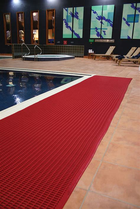 Swimming Pool Matting by Safety Six Types Of Floor Matting For Business And