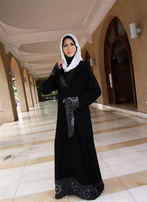 Abaya Turki Black Gold black abayas luxury fashion