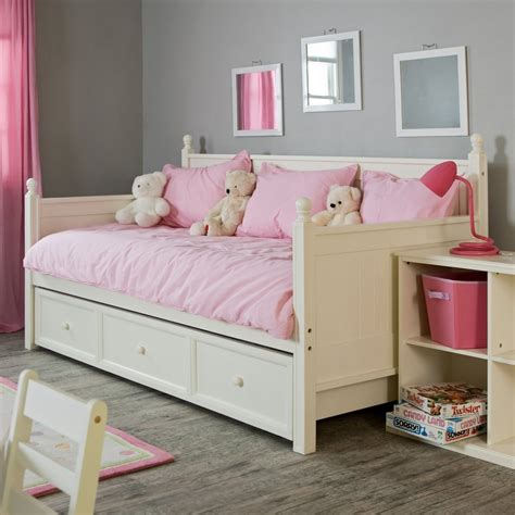 girls day bed the pictures of comfy and lovely daybeds that invite you